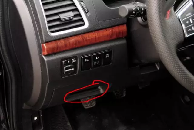 OBD Tracker and Magnetic GPS Tracker.png